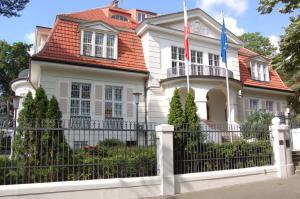 Polish-embassy-Berlin